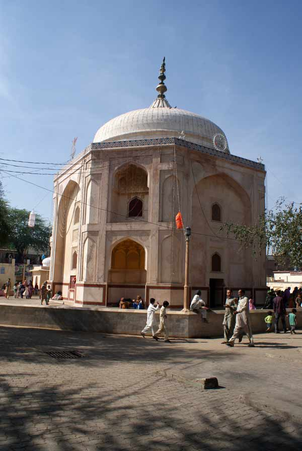 The mausoleum of Daud Bandagi
