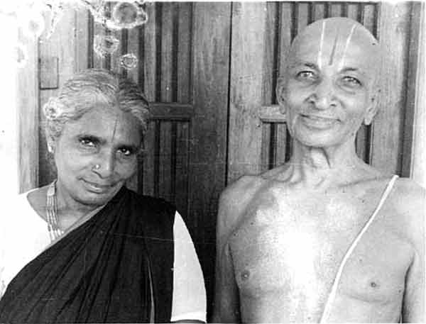 krishnamacharya with his wife